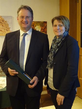 Gratulation fr 10 Jahre Leitung - Yspertal - Brgerservice mit